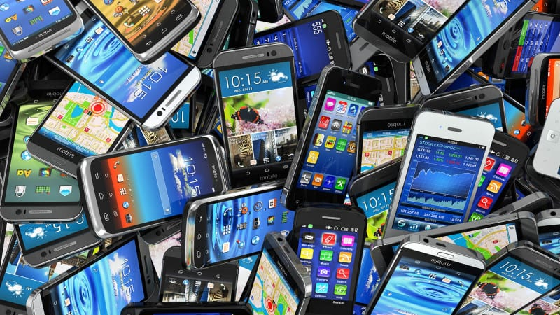 mobile-smartphones-pile-ss-1920-800x450